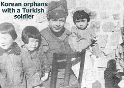 Korean orphans with a Turkish soldier