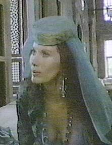 "Maud Adams plays ""Sineperver"""